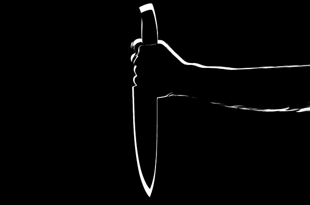 Neubrandenburg: Illegaler Iraker (64) greift 17-Jährigen mit Messer an