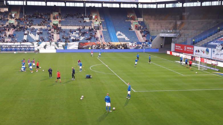Hansa gewinnt 1:0 gegen KSC