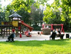 Rostock: Neuer Kinderspielplatz im Schwanenteichpark in Reutershagen