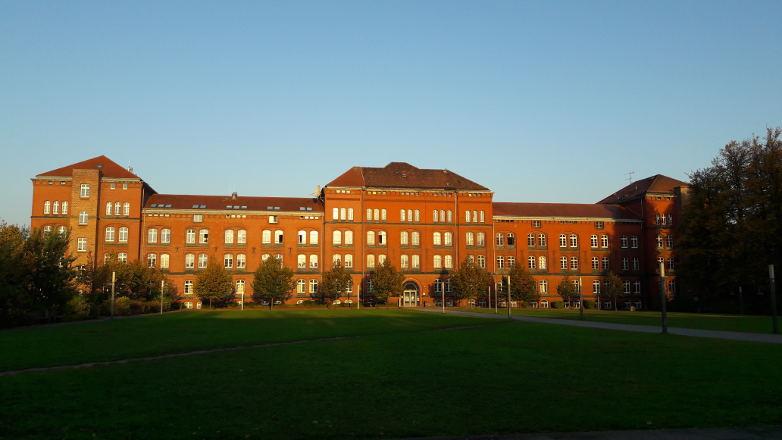 3.292 Studenten beginnen ihr Studium an der Universität Rostock. Jeder Zehnte ist Ausländer