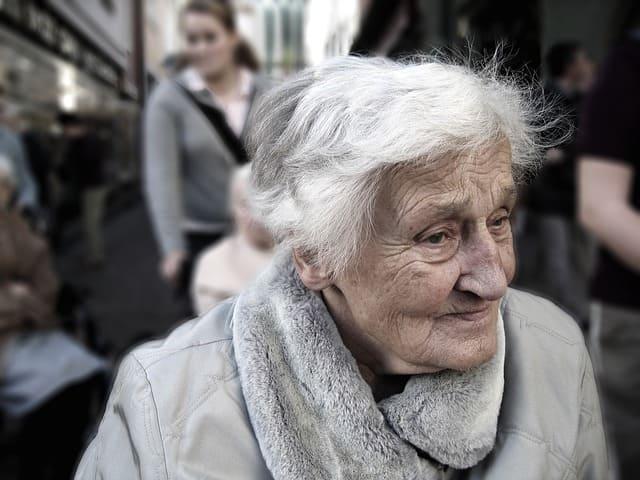Stralsund: Mehrere Betrugsversuche mit Enkeltrick