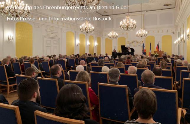Rostock: Verleihung des Ehrenbürgerrechts an Dietlind Glüer