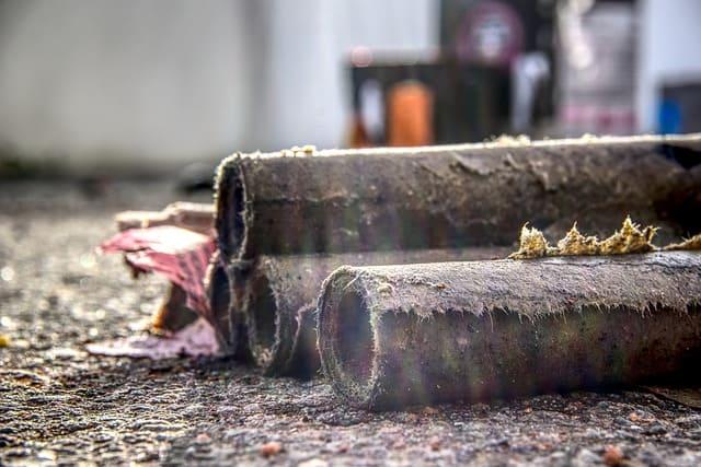 Neustrelitz/Zeugenaufruf: 11-Jährigem werden Fingerkuppen nach Silvesterwurf amputiert