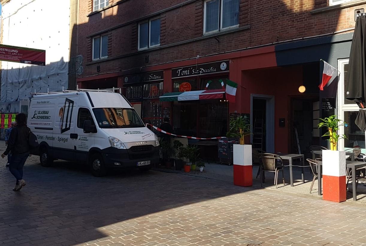 Schwerin: Zweiter Brandanschlag auf Pizzeria