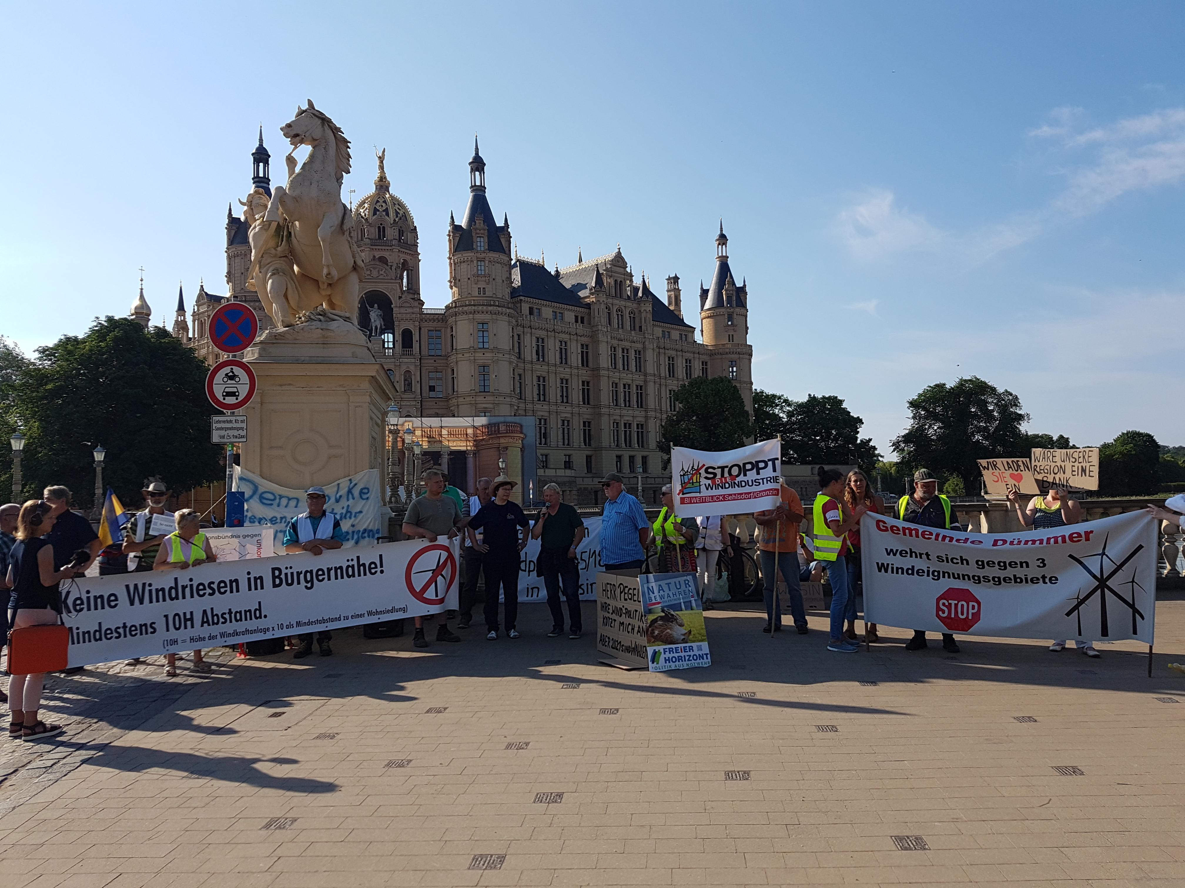 Akzeptanz für Windenergie schwindet – Bürgerinitiative protestierte erneut