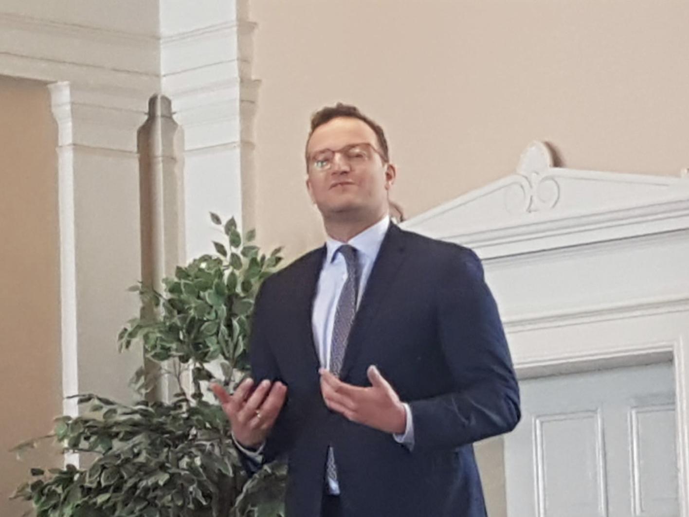 Spahn in Schwerin: Bürgerfragestunde