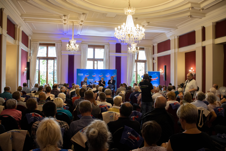 Schwerin: AfD-Fraktion lässt SVZ-Seidel mit Vera Lengsfeld diskutieren