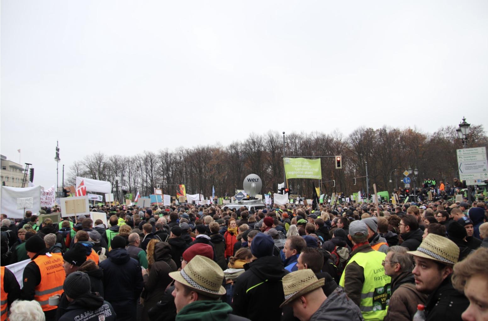 HR vor Ort: MV-Bauern hauen in Berlin auf den Putz!