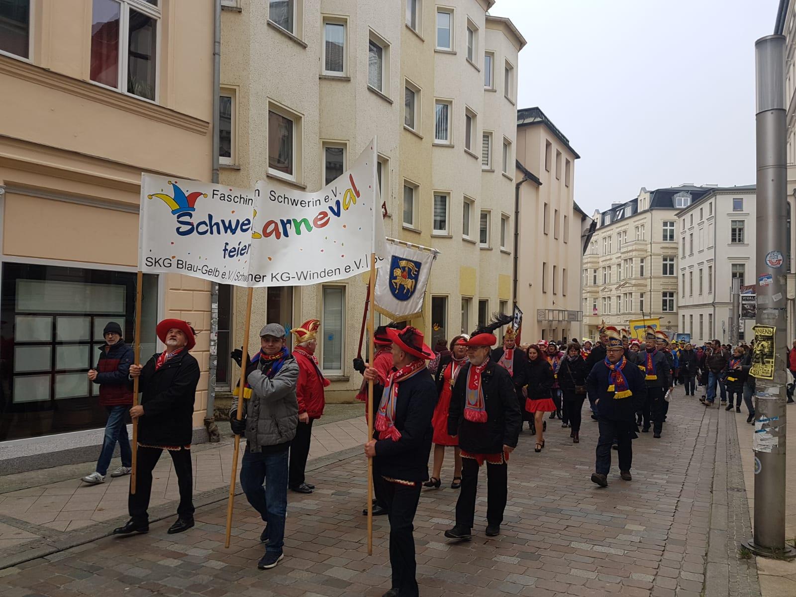 Badenschier übergibt Schlüssel: Karnevalszeit eröffnet