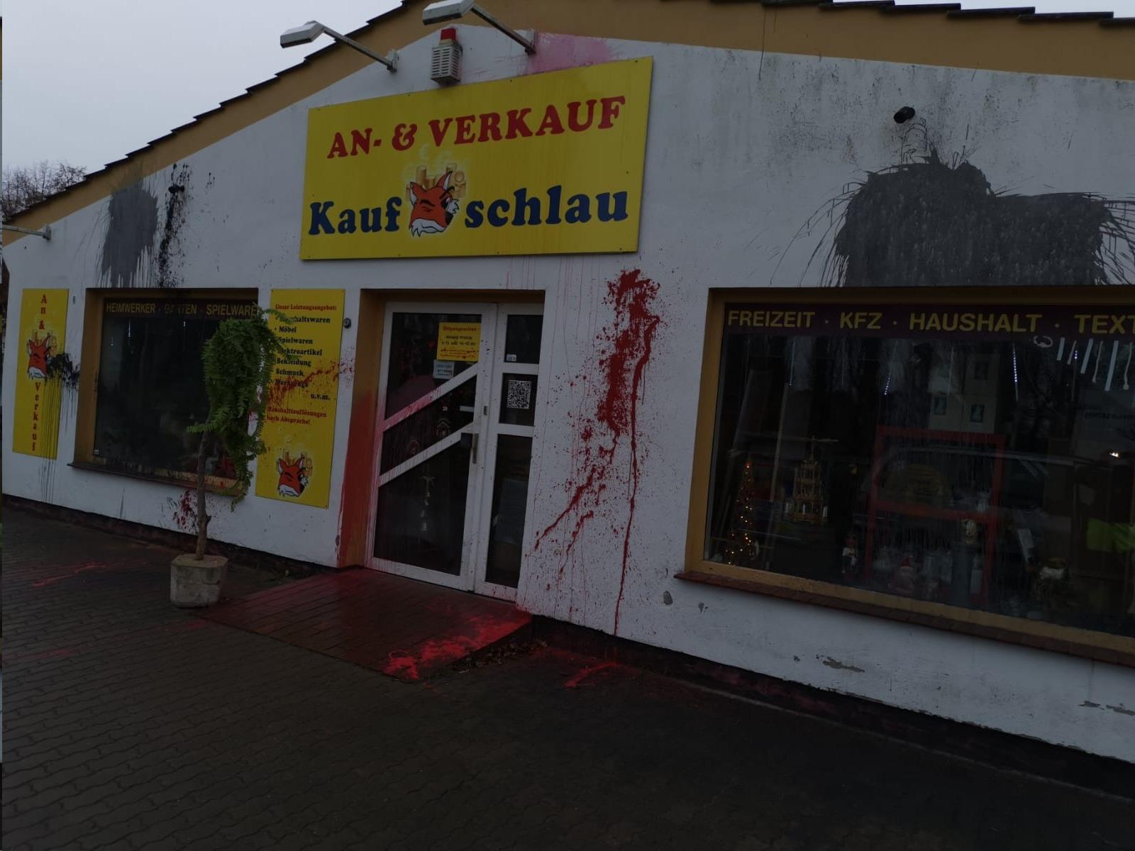 Gesinnungsterror auf Laden von AfD-Mann