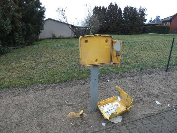Unbekannter sprengt Postkasten in Pribbenow