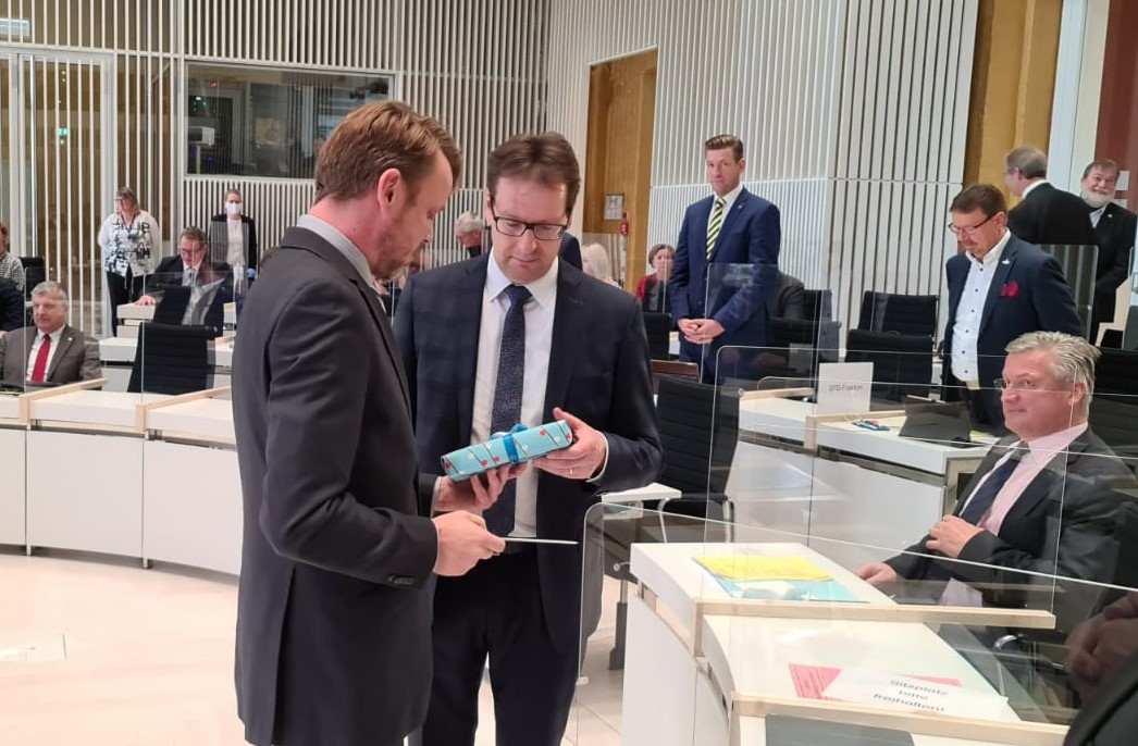 Renz als Innenminister vereidigt