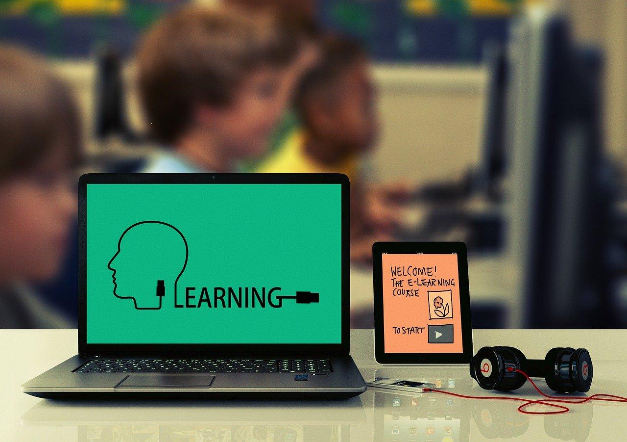 Warten auf die Schüler-Tablets: Kaum welche in den Schulen