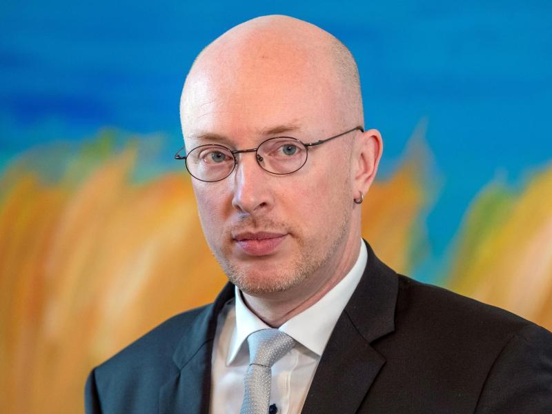 Pegel mahnt Behörden: MV-Serviceportal besser einbeziehen