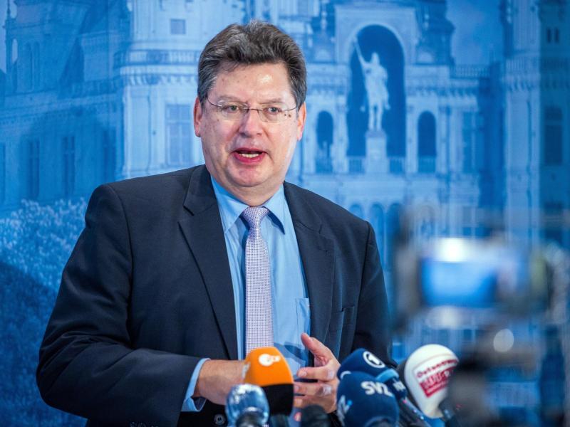 Meyer will weniger Steuern für Kommunalpolitiker