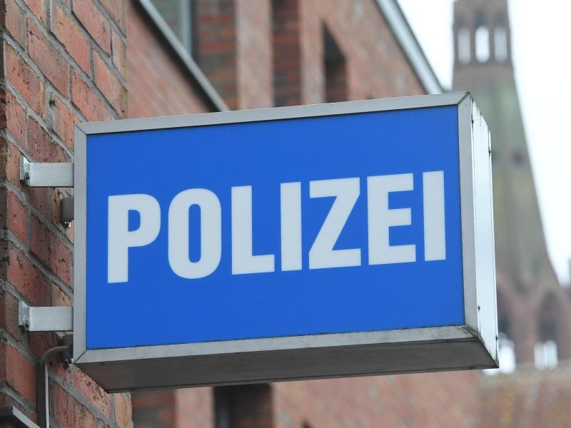 Das muss man sich trauen: Nummernschild Von Polizei geklaut