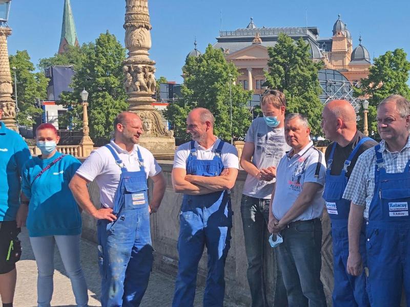 Protest vor dem Landtag: Reinigungsdienste in Sorge
