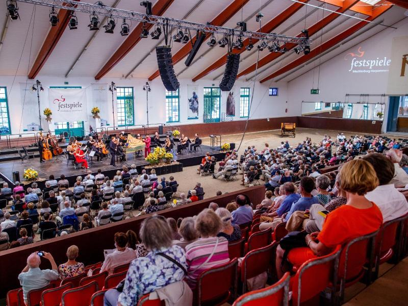 Wieder Festspiel-Konzerte im Landgestüt Redefin
